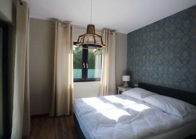 sypialnia w apart na parterze
